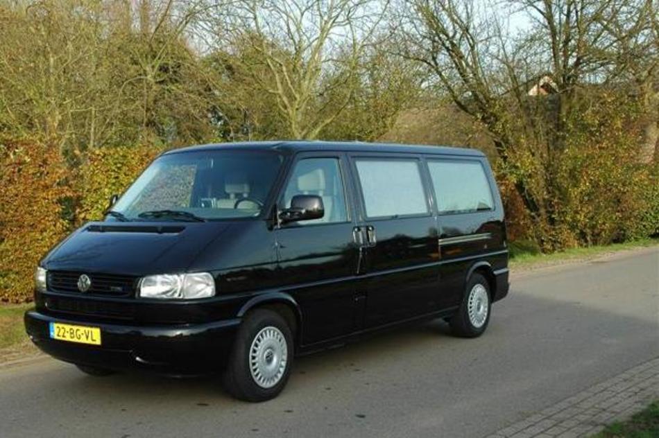 Overbrengbus zwart Volkswagen